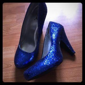 Qupid blue glitter heels size 8